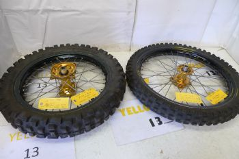 HONDA CR85 BIG WHEEL. FRONT + REAR WHEELS #4 (CON-A)